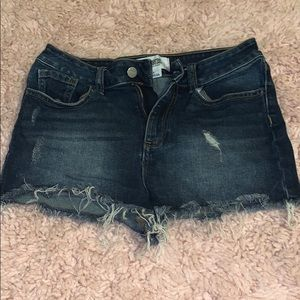 Victoria Secret mini shorts 4